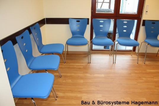 wartezimmerst hle wartezimmer stuehle warteraum besprechungsraum kantinenstuehle aufenthaltsraum. Black Bedroom Furniture Sets. Home Design Ideas